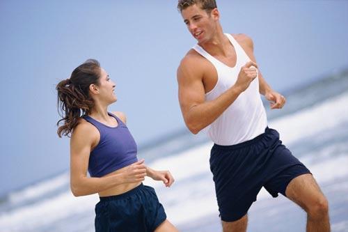 Thường xuyên tập thể dục vào các ngày trong tuần là cách giảm béo toàn thân rất hiệu quả.