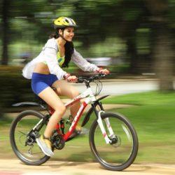 Đạp xe mỗi ngày giúp tiêu hao lượng calo dư thừa trên cơ thể