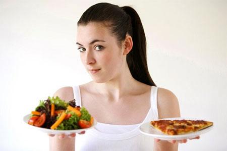 Giảm khẩu phần ăn và chia thành nhiều bữa nhỏ
