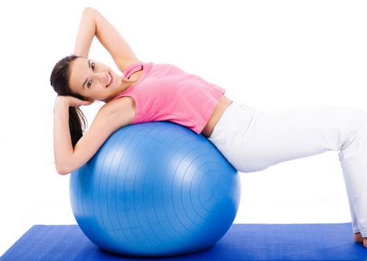 Giúp giảm cân nhanh chóng hiệu quả từ bài tập với bóng