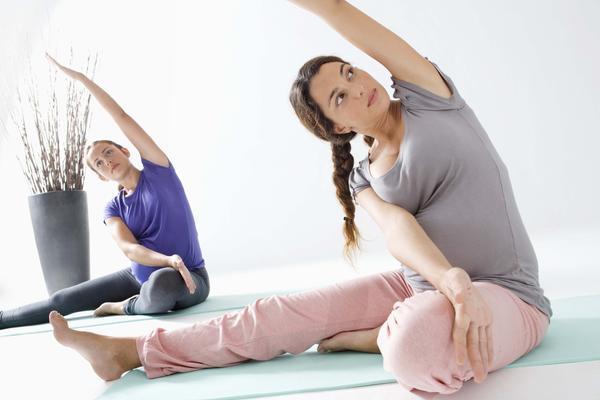 Giảm béo sau sinh hiệu quả bằng bài tập yoga